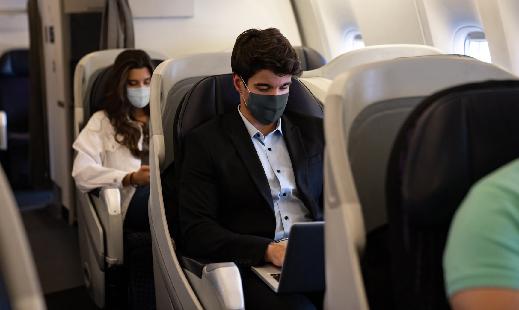 Airlines Are Actually Reducing Potential COVID-19 Exposure by Returning to Pre-pandemic Boarding Methods, Study Suggests