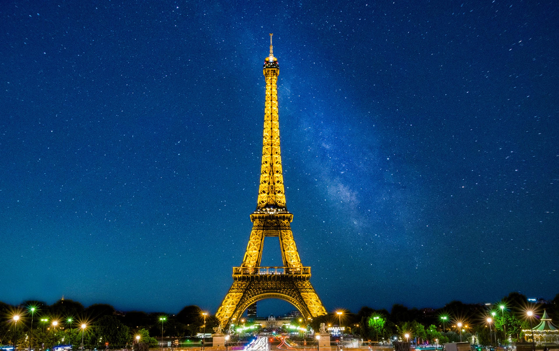 France Planning to Ease Travel Restrictions for Vaccinated Americans by This Summer